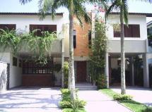 casa em condomínio em guarujá