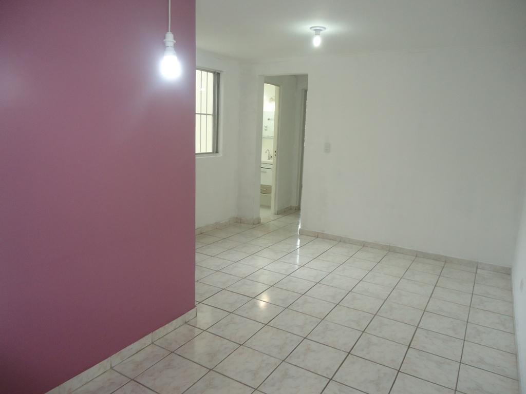 Apartamento 2 dormitórios com armários 33003