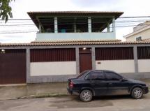 Casa com terreno de 360 m² | 2 Quartos | 2 Banheiros