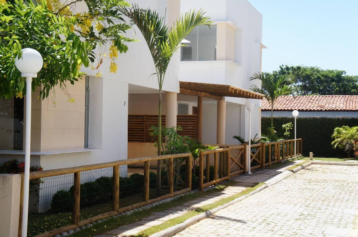 Casa em Condominio Fechado - Miragem - Lauro de Freitas