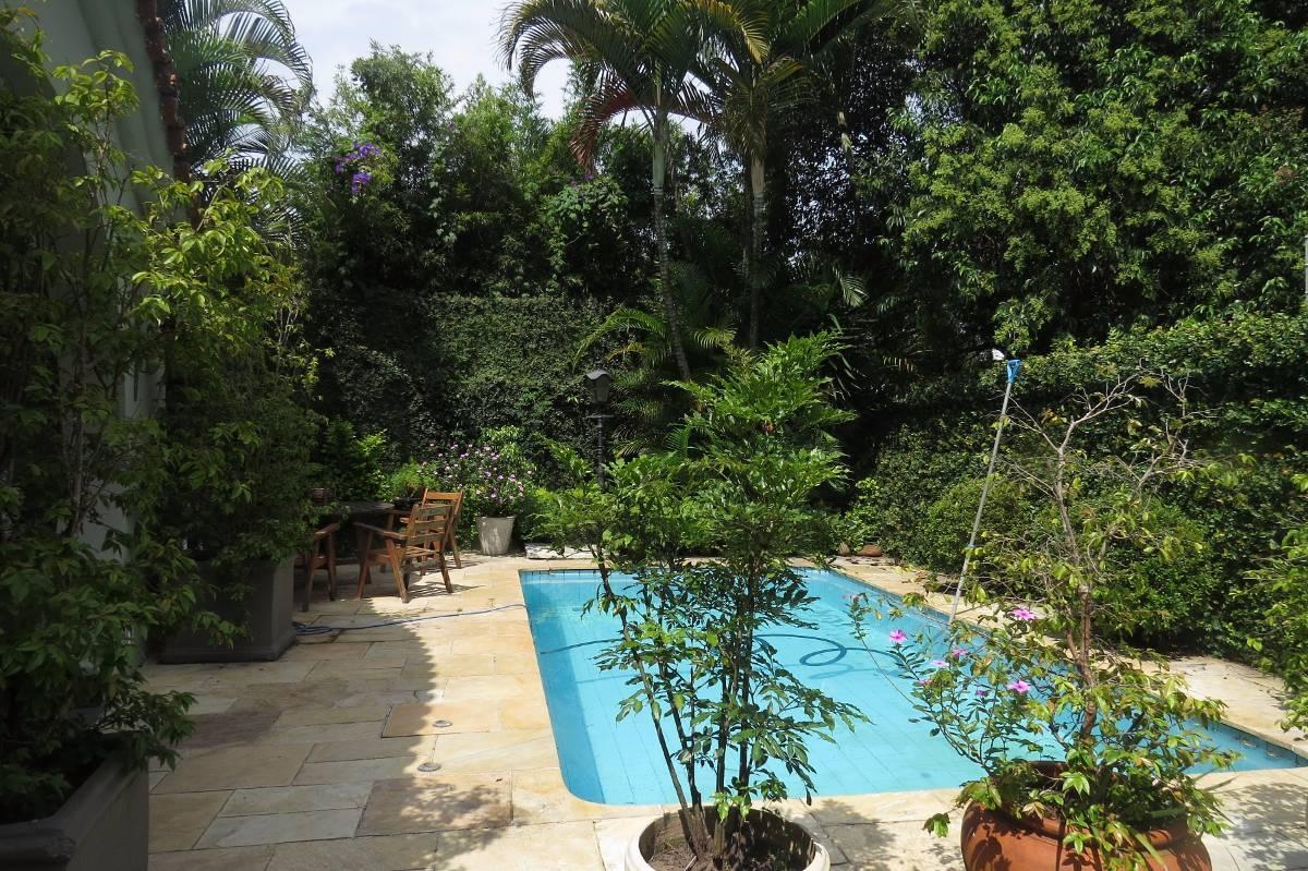 Casa com piscina-Jd Paulista-Venda