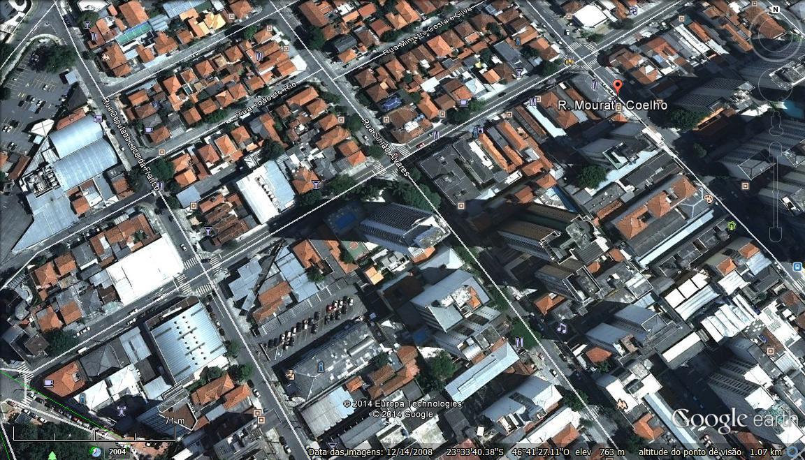 Pinheiros - Rua comercial, a 700 metros da Estação de Metrô Faria Lima!