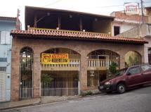 Sobrado c/ 480 m², 550 m da Av. Dep. E. Carlos