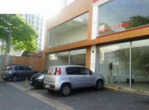 Loja Vão Livre , 700,00 m² podendo dobrar para 1.400,00 m² em via coletora.