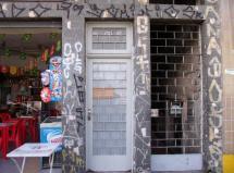 Otima localização - fundos - sem garagem