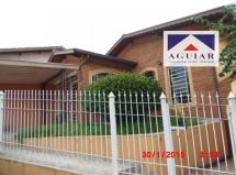 Casa para aluguel na Vila Clayton