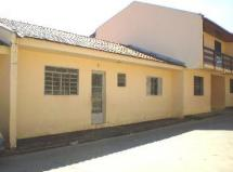 Casa em Alvenaria  para Locação / Alto Boqueirão