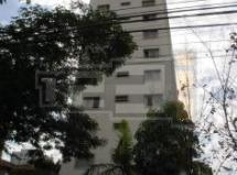 Apartamento à venda em Moema
