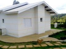 Chácara com 3 dormitórios com ótima localização em Jarinú á venda!