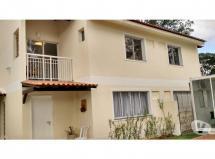 Linda Casa Duplex 2 quartos em Campo Grande.