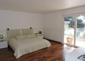 Casa à venda no Centro em Embu das Artes