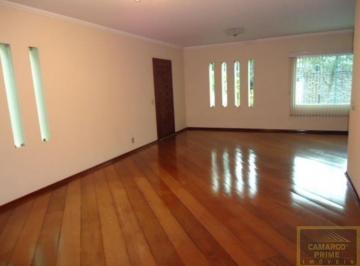 Casa · 430m² · 3 Quartos · 8 Vagas