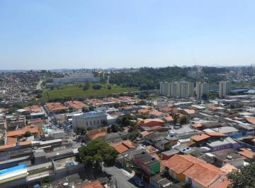 LINDO APARTAMENTO - ÁREA NOBRE - Condomínio Incluso