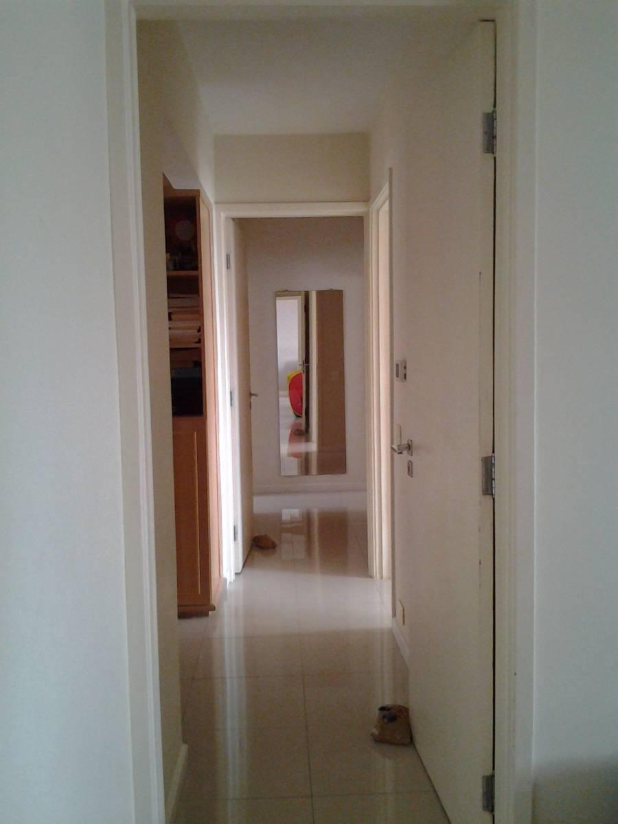 Apartamento para aluguel com 3 quartos centro curitiba for Apartamento mobiliado 3 quartos curitiba