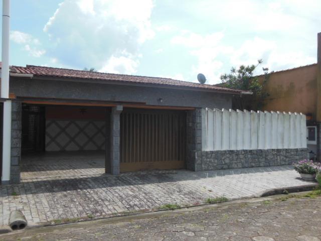 Maravilha de casa com excelente acabamento - Suarão -