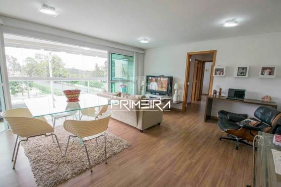 Apartamento venda com 3 quartos cic curitiba r 799 for Apartamento mobiliado 3 quartos curitiba