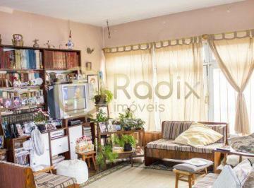 Casa · 550m² · 5 Quartos · 1 Vaga