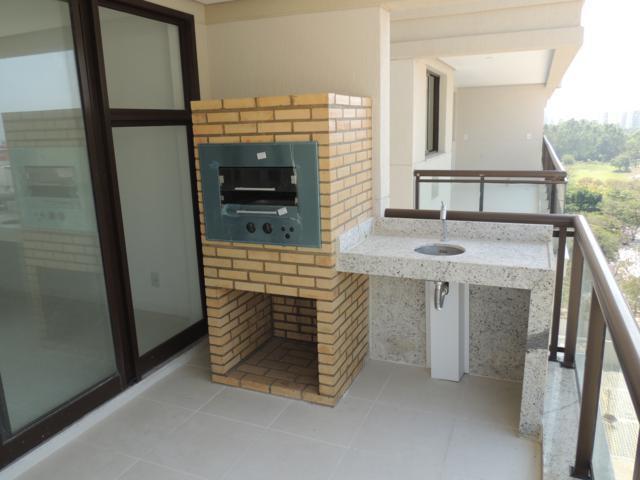 Le quartier Residence   Apto 3 qts c/ armarios e churrasqueira na varanda