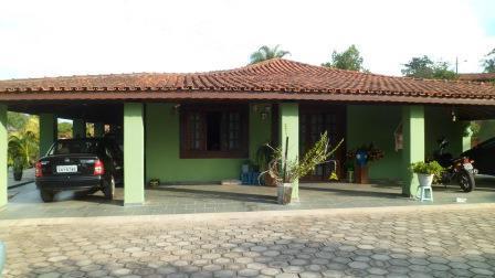 Sitio 9.100 mts, casa 4 quartos, piscina,lago,curitibanos, 4km centro