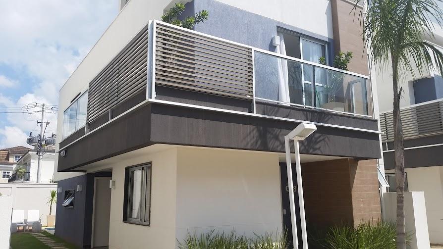 CONCETTO NERO - Linda casa Triplex, estilo moderno e arrojado, pronta para morar