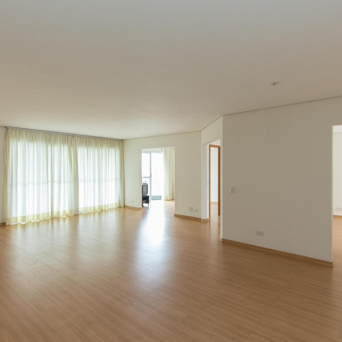 http://www.infocenterhost2.com.br/crm/fotosimovel/170766/25888839-apartamento-curitiba-ecoville.jpg