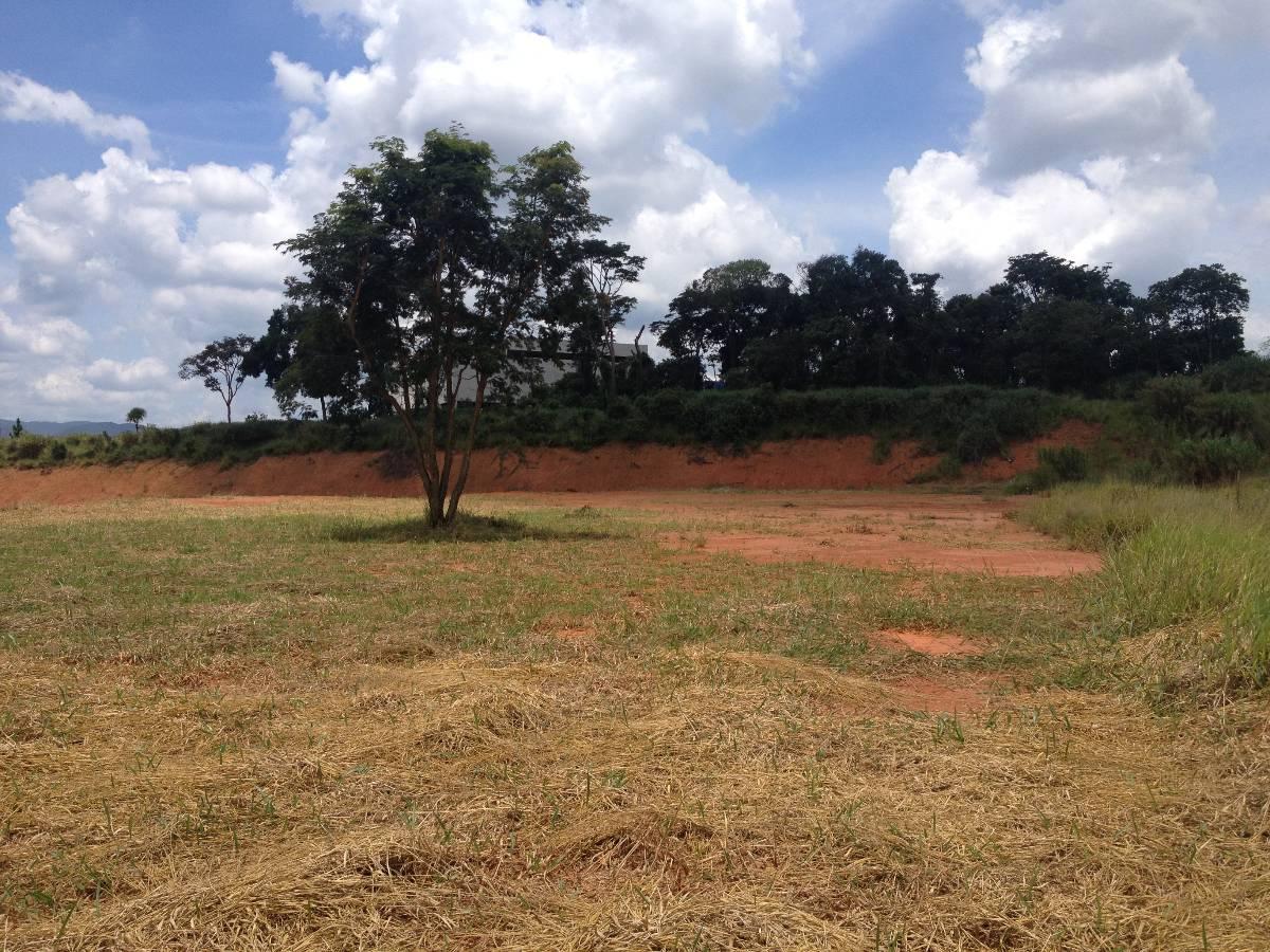 TERRENO INDUSTRIAL  PARA GALPÃO–BAIRRO PINHAL -  Área de 4.000m² - Cabreuva - SP