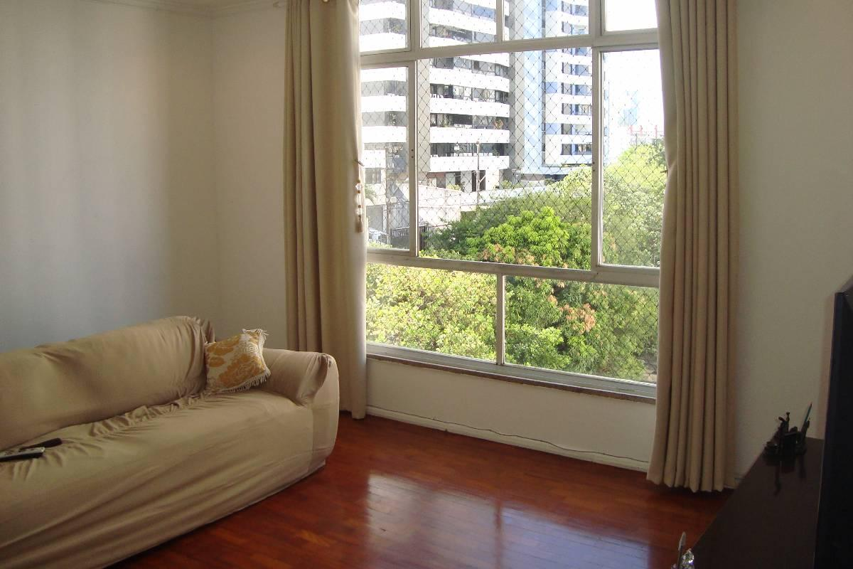 Apartamento 3 Quartos - Suíte - Armários - 107m²!