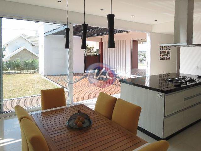 Ótima Casa no Cond. Reserva da Serra 3 Dorms (1 Suíte) e Ampla Sala