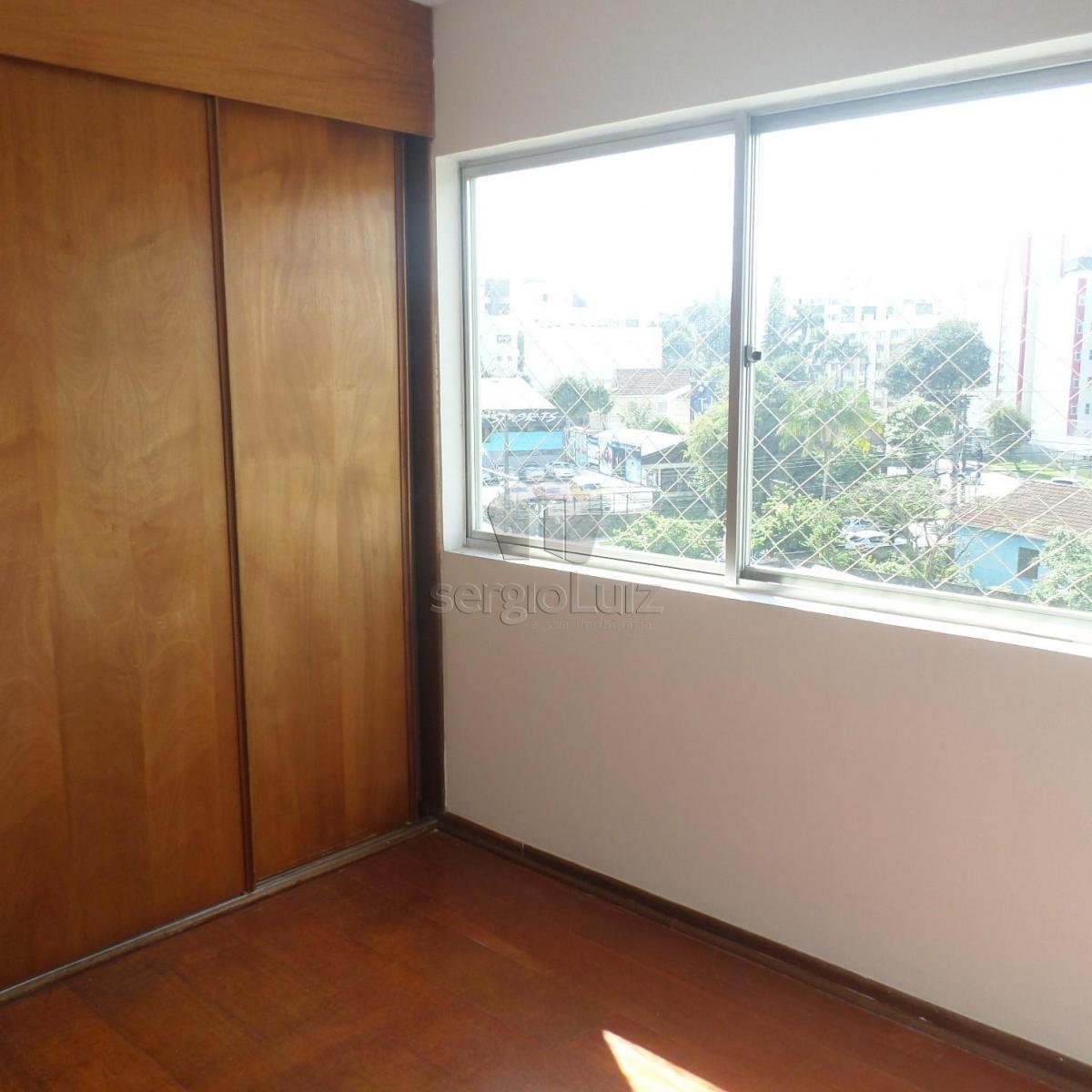 Apartamento para aluguel com 3 quartos juvev curitiba for Apartamento mobiliado 3 quartos curitiba