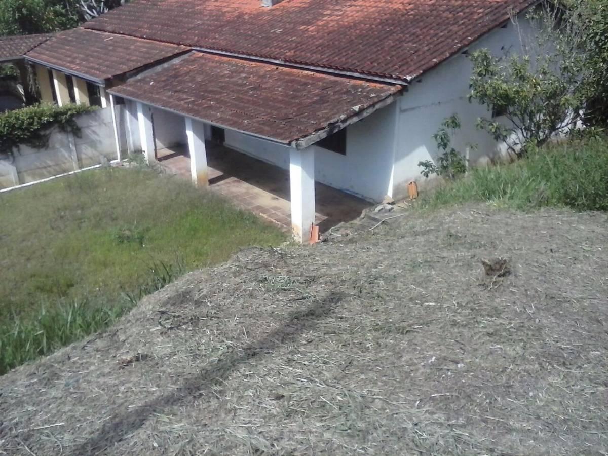 Chácara em Atibaia 2.000 M²