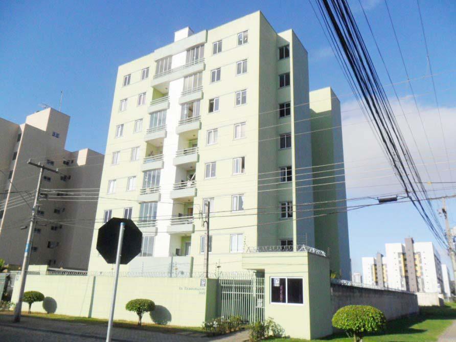 Apartamento em Pinhais, Rua Iolanda Túlio Borba, 3 Quartos e 1 Vga. de Garagem.