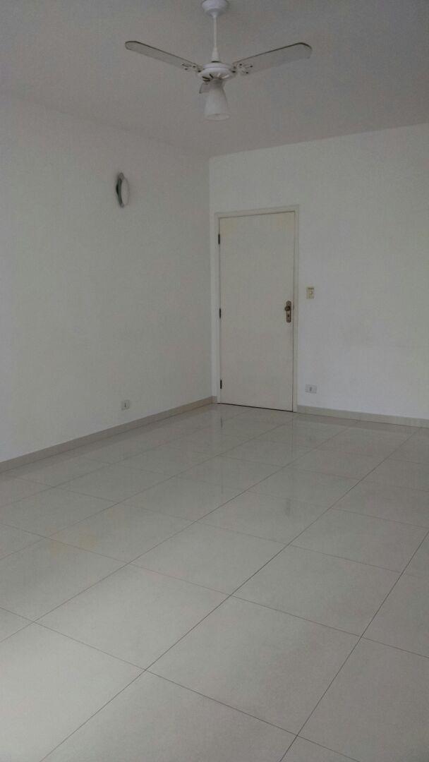 Apartamento com 2 dormitórios pé na areia - José Menino.