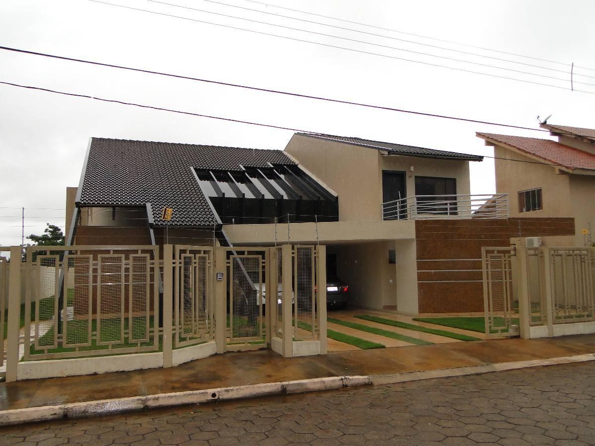 Casa em condomínio da Rua 10 Vicente Pires com 5 Quartos