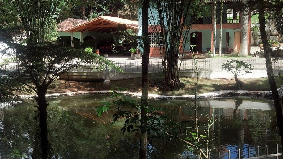 Paraíso no Embu das Artes - Chácara