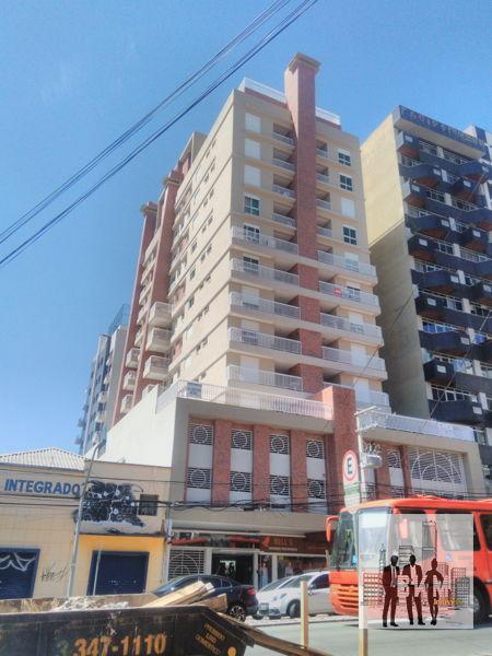 Apartamento no Ed. Francisco Paciornik - Rebouças