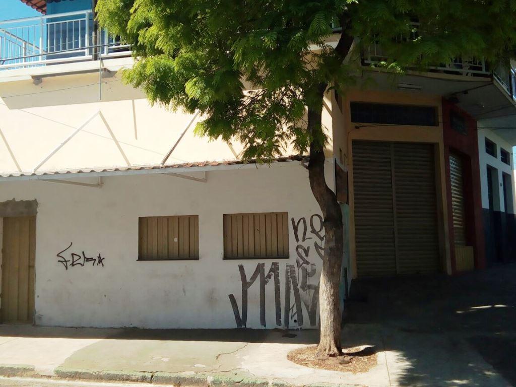 Comercial para aluguel - em Cardoso (Barreiro)