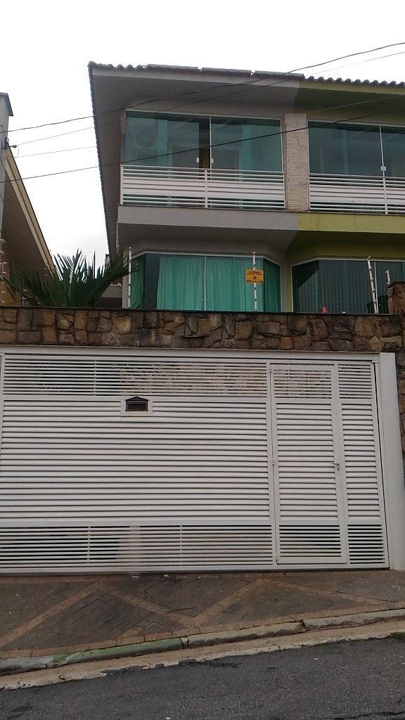 OPORTUNIDADE, Sobrado 3 dorms, suíte, armários, churrasqueira, 3 vagas, Vila Bonilha