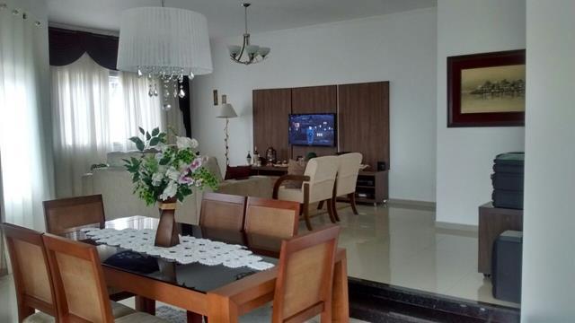 Casa à venda - no Parque Mirante do Vale