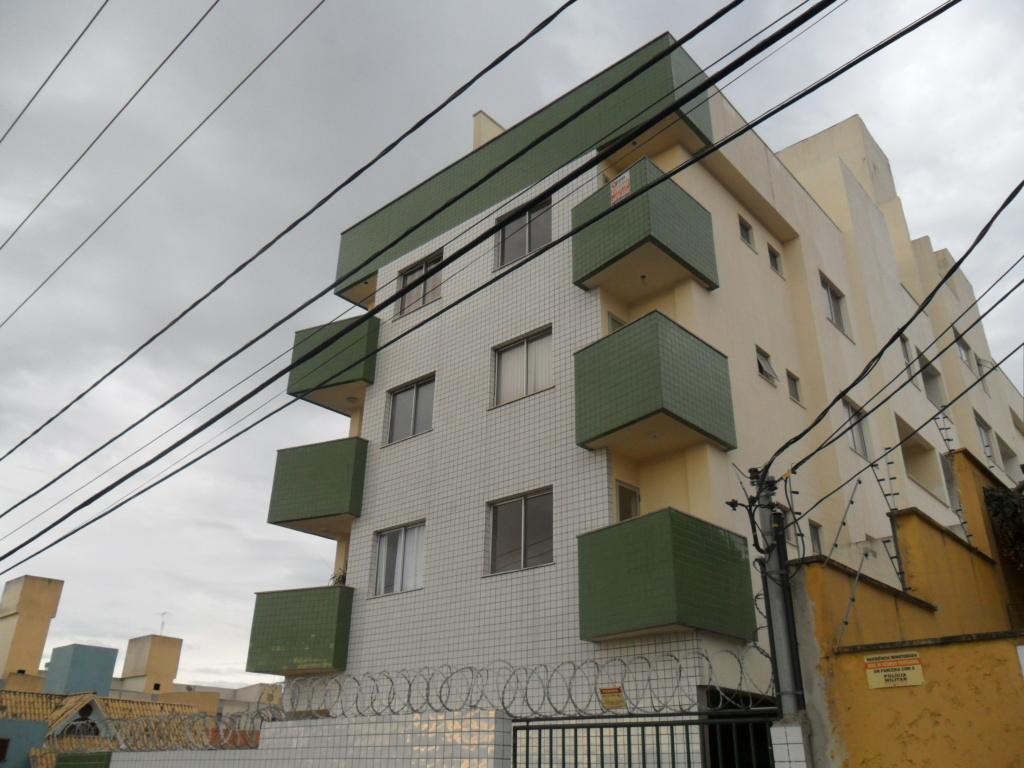 Apartamento para aluguel - no Castelo
