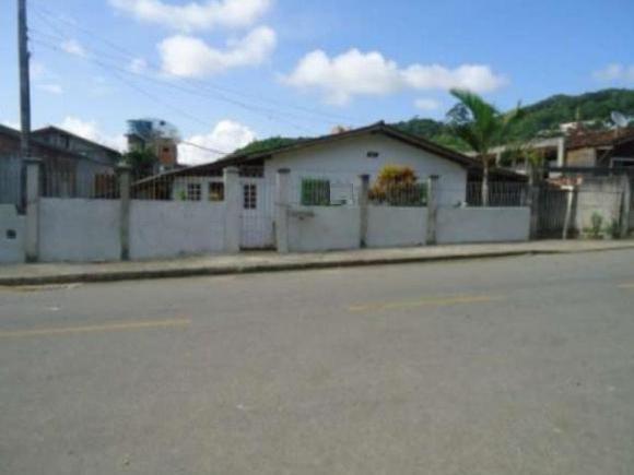 Oportunidade Casa com ótimo preço em Camboriú !!!