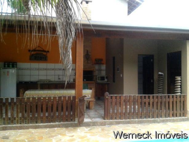 Casa condomínio fechado com AT. 450 m², 2 dorm. sendo 1 suíte - Bairro Ressaca.