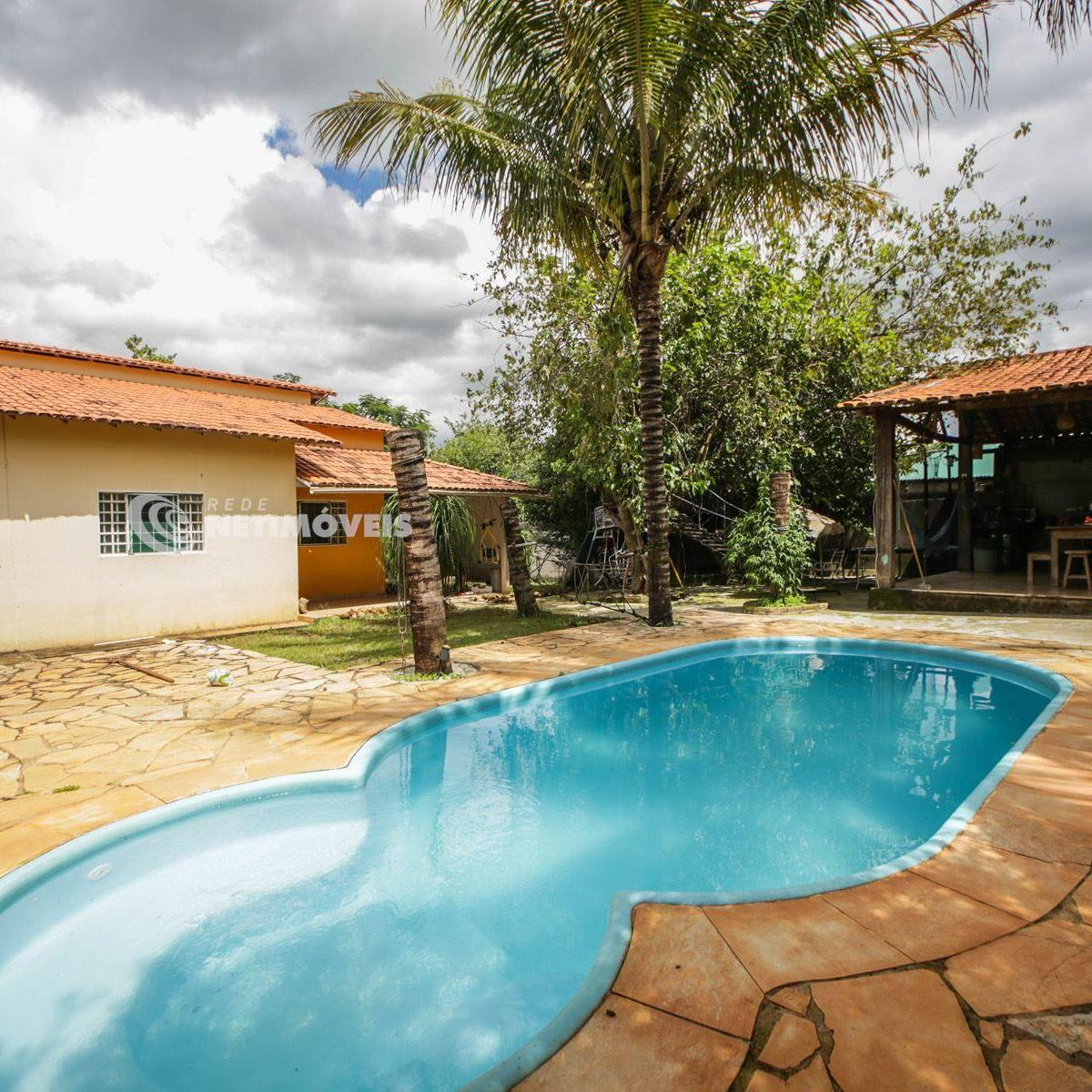 Casa venda com 2 quartos lago sul bras lia r 450 for Casa sul lago a 2 piani