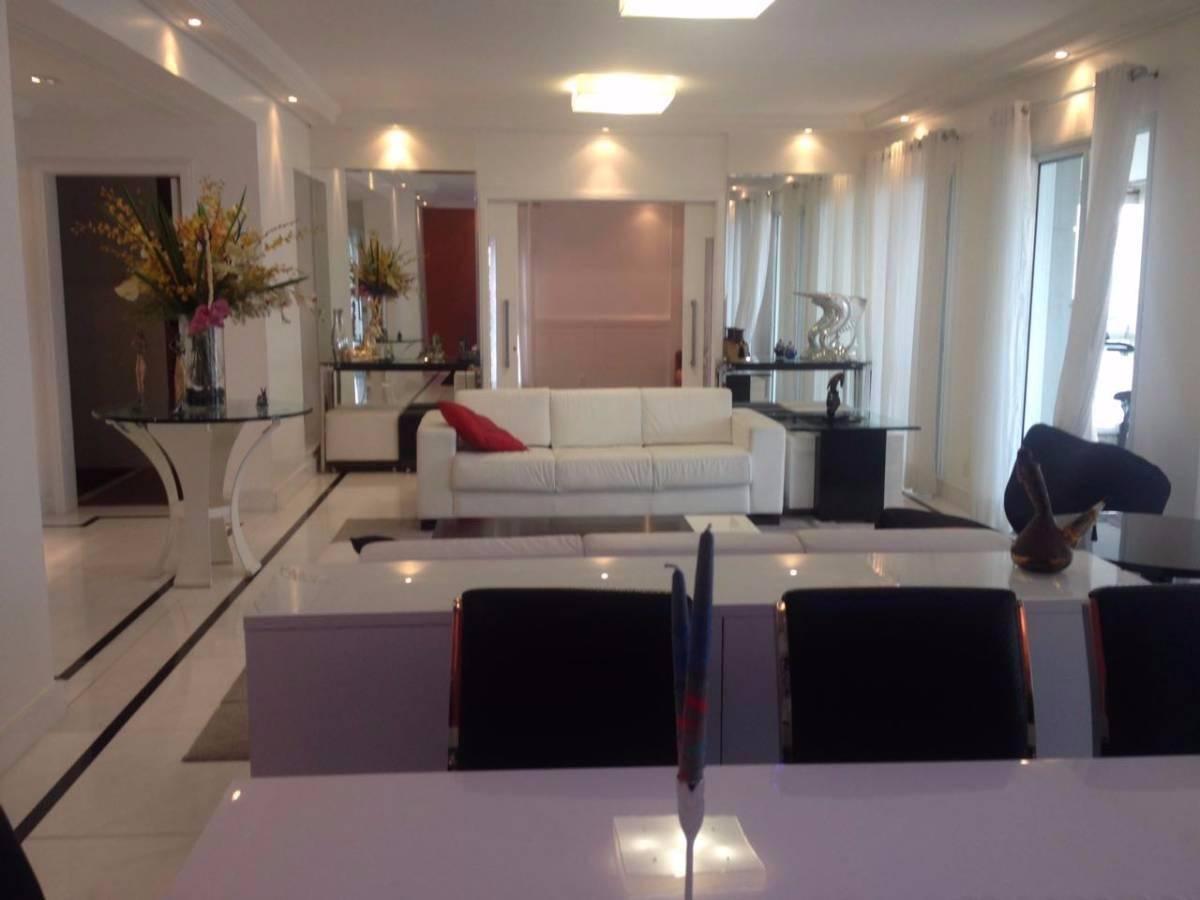 Moema Nobre - Fora Rota- Vista Impar!!! 04 suites -  04 gars  - Ar condicionado