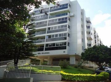 SQN 116 Apartamento 2 Quartos Brasília Meio de Quadra Asa Norte 9.9658-7484