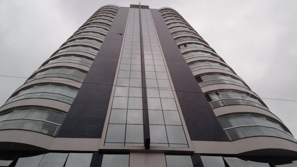 Apartamento novo 3 quartos , 2 garagens - Sao Joao Batista SC