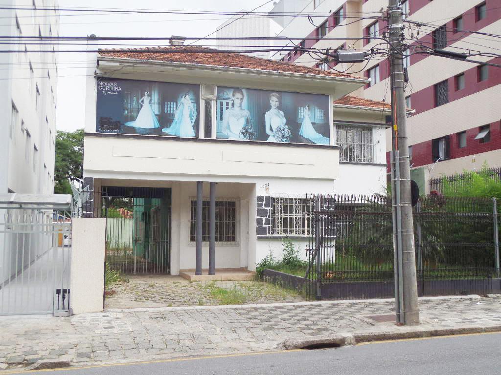 Casa Com. no Alto da Xv, Rua Mal. Deodoro, 4 salas e 7 dormitórios.