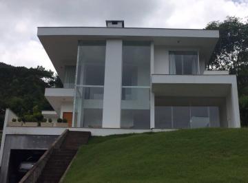 Casa de 3 quartos, Nova Friburgo