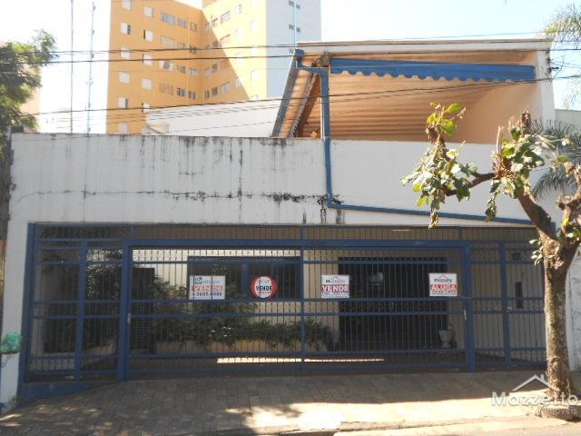 Casa 05 Dormitórios - 01 Suíte