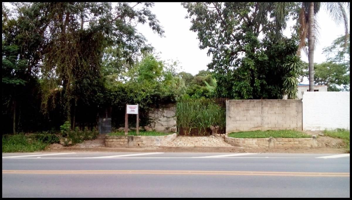 TERRENO PLANO AMPLO TODO MURADO – ATERRADO – LORENA – SP