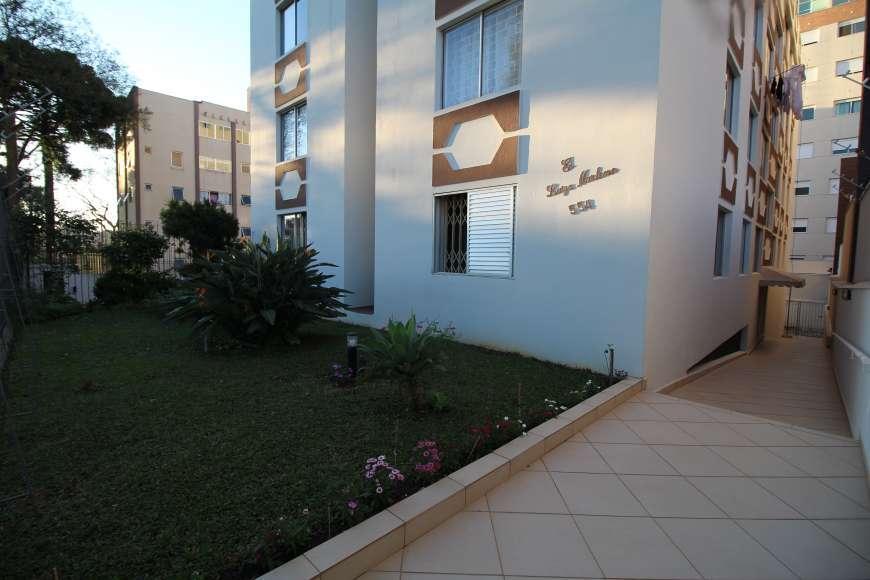 Excelente apartamento, em rua tranquila e arborizada.